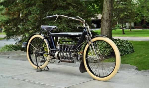 Выпущенный 109 лет назад мотоцикл Pierce Arrow продан за рекордные $225 000