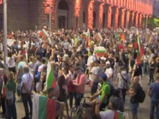 В Болгарии продолжаются антиправительственные протесты
