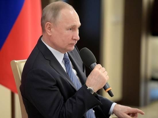 В Кремле оценили атмосферу разговора Путина и Зеленского