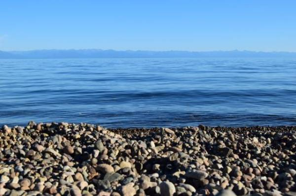 На Байкале девушка получила травмы во время катания на надувной «ватрушке»