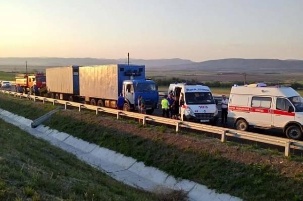 Режим ЧС муниципального уровня введен после смертельного ДТП в Крыму