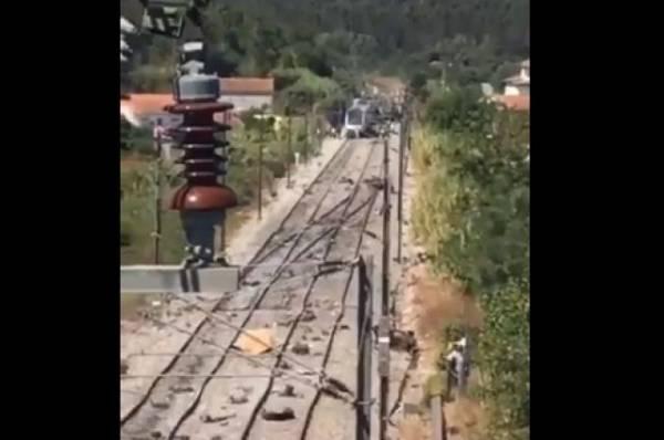 В Португалии с рельсов сошёл высокоскоростной поезд