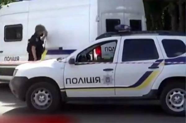 На Украине ликвидирован мужчина, захвативший полицейского в Полтаве