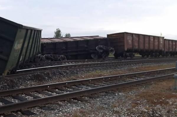В Коми с рельсов сошли 11 вагонов с углём