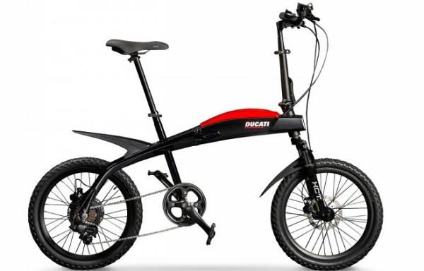 Ducati выпустила три складных электробайка-внедорожника