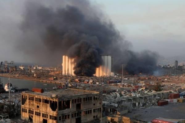 МВД Ливана: в порту Бейрута взорвалась аммиачная селитра