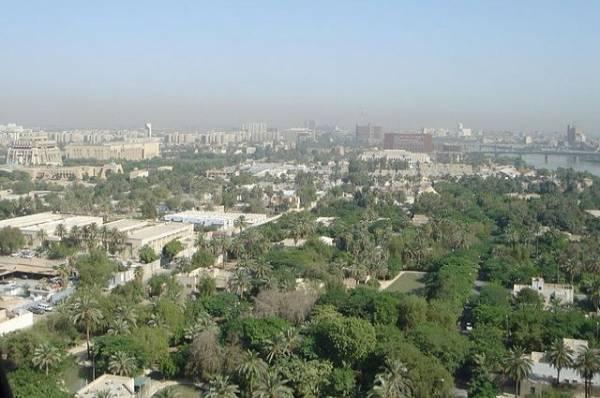 Ракета упала недалеко от посольства США в центре Багдада
