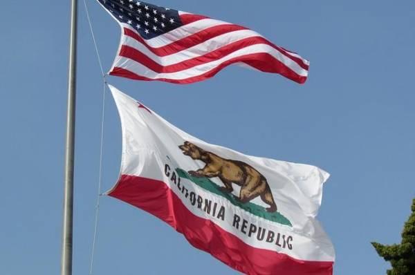 У берегов Калифорнии нашли машину-амфибию и утонувших морпехов