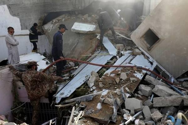 Частный самолёт упал в аэропорту города Эль-Гуна под Хургадой