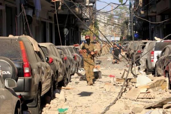 Военные освободили в Бейруте от протестующих здания нескольких министерств
