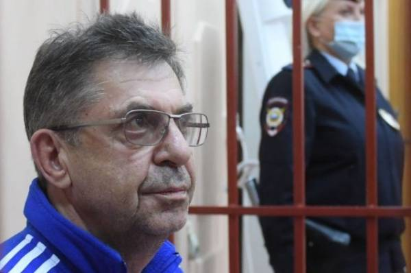 Суд арестовал главу центра подготовки сборных команд России Кравцова