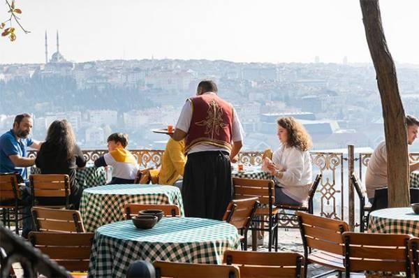В Турции российские туристы попали в ДТП