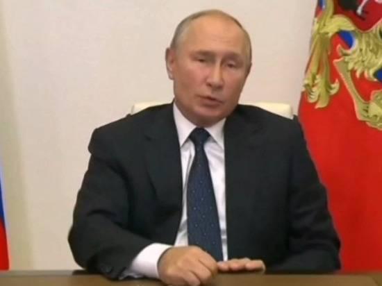 """Путин рассказал, что лично присутствовал на первом пуске гиперзвукового """"Авангарда"""""""