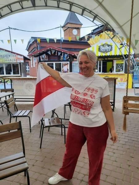 Бывшую учительницу из Гомеля застращали за поддержку протестов