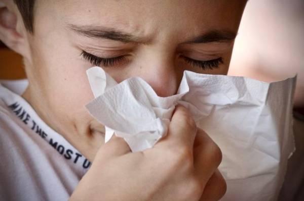 Два раза в месяц — норма. Педиатр о том, чего не стоит делать при простуде