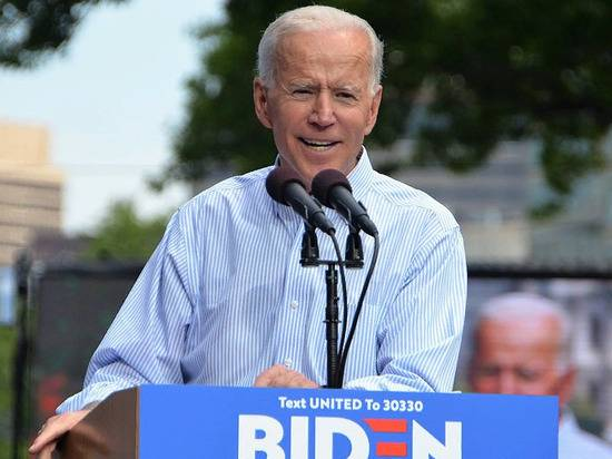Байден пообещал работать, как президент, а не как демократ