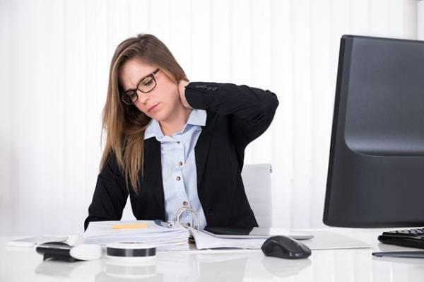 Разминайся! 7 обязательных упражнений для тех, у кого сидячая работа