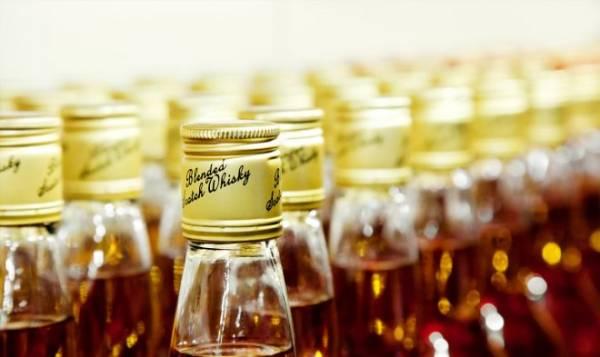 Шотландские ученые нашли способ проверять подлинность любого виски без вскрытия бутылки