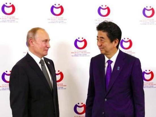 Абэ надеется, что его преемник заключит мирный договор с РФ