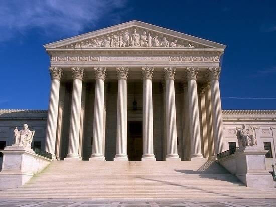 Судья национального значения: почему выбор Трампа так важен