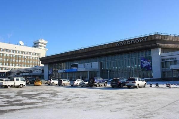 700 человек эвакуированы из аэропорта Хабаровска из-за угрозы взрыва