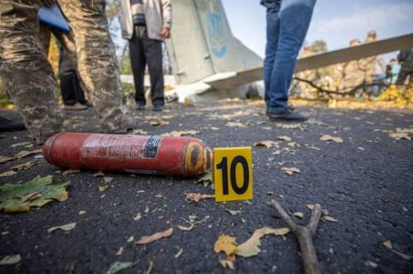На месте крушения украинского Ан-26 найдены черные ящики