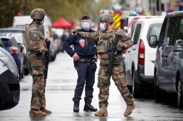 Отпущен один из подозреваемых в нападении у бывшего здания Charlie Hebdo