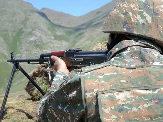 Армения сбила два азербайджанских вертолета и три БПЛА