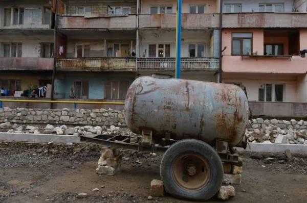 В Нагорном Карабахе возобновились обстрелы