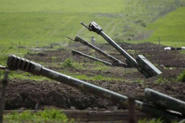 Армения заявила о возможных боевых действиях на границе с Азербайджаном