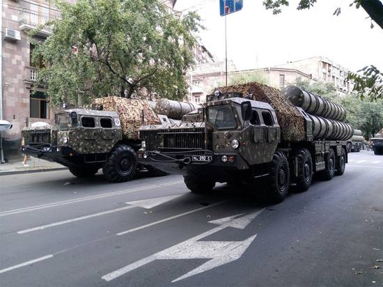 Минобороны Азербайджана сообщило о ликвидации армянского ЗРК С-300 в Карабахе