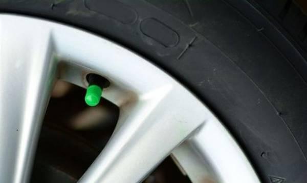 Стоит ли заполнять автомобильные шины азотом вместо воздуха