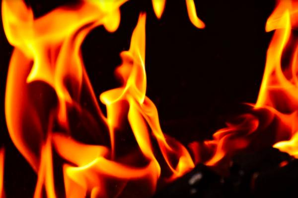 В Пензе локализовали крупный пожар в ресторане
