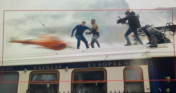"""Том Круз снова удивил фанатов на съемках фильма """"Миссия невыполнима 7"""""""