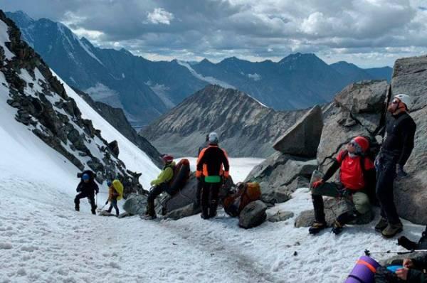 В горах на Урале спасатели ищут пропавшего режиссера