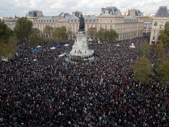 """Увидеть Париж - и умертвить: зачем беженцам """"оскорбляющие"""" их страны"""