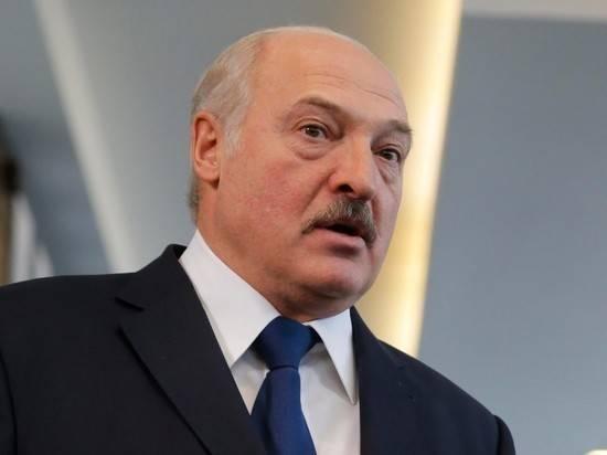 Лукашенко заявил, что Белоруссии нужны надежные преданные кадры