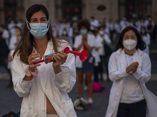 «Нас топят»: Европа шокирована беспрецедентными ограничениями из-за коронавируса