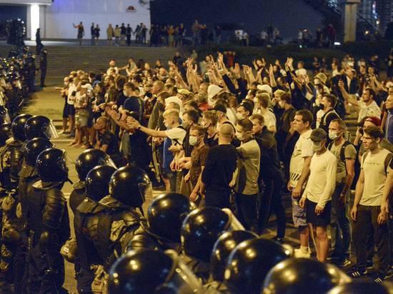 """Оппозиция Белоруссии опровергла план """"рвать на куски"""" Лукашенко"""