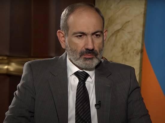 Пашинян призвал всех армян брать оружие и сражаться за Карабах