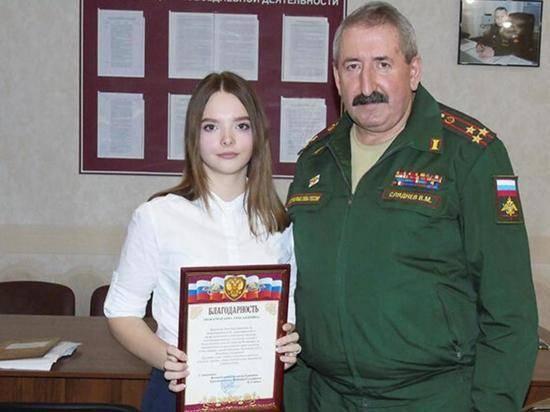 100% явка: курская школьница привела в военкомат 30 призывников