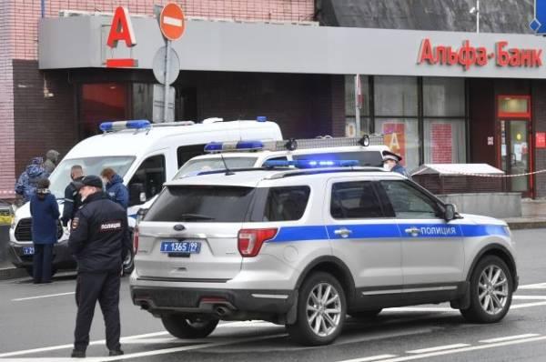 В Грузии полиция задержала мужчину, захватившего заложников в банке