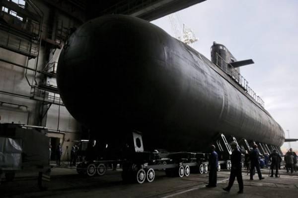 МЧС рассказало о спасательной операции после взрыва на танкере