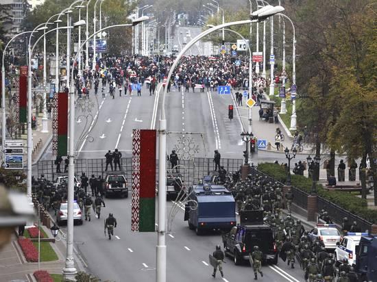 Срок ультиматума Лукашенко истек: люди вновь вышли на улицу