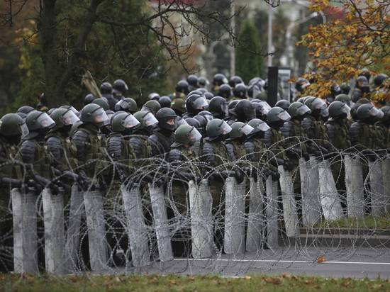 В МВД Белоруссии объяснили применение спецсредств в Минске