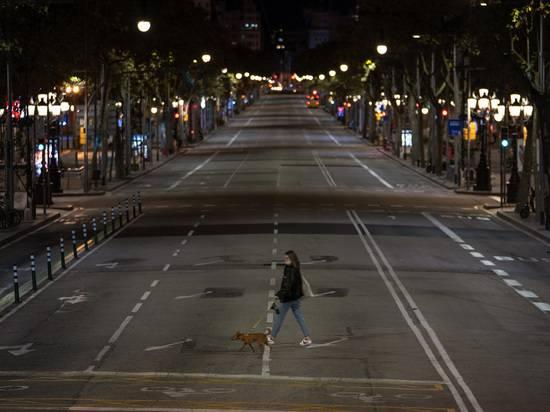 В Испании ввели ЧС и комендантский час