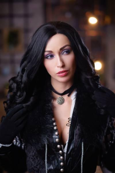 Надела красивое белье и ждет Ведьмака: Девушка из России показала сексуальный косплей Йенифэр и вызвала восхищение