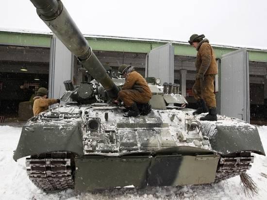 В меню российских танкистов добавили лук и чеснок