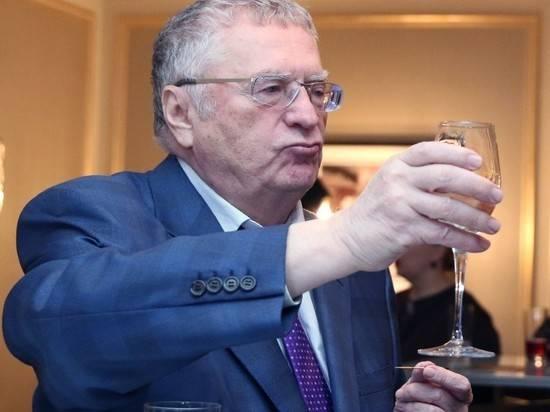 """Жириновский призвал выкрасть и повесить """"стервозную бабенку"""" Тихановскую"""
