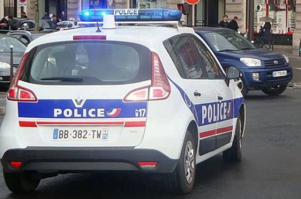 Близ Парижа полиция предотвратила ещё одно нападение у церкви
